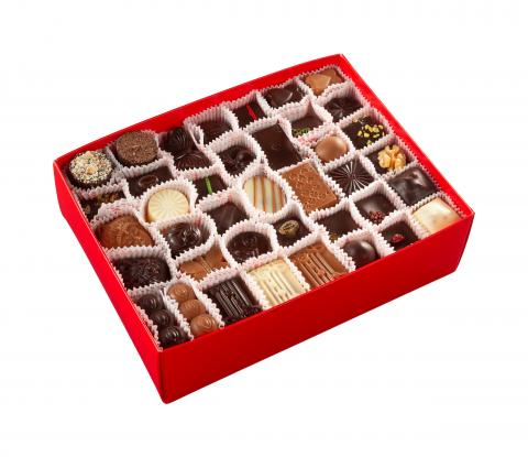 Large travel box - 100 pralines
